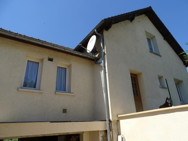Sale house / villa Chambly 258000€ - Picture 1