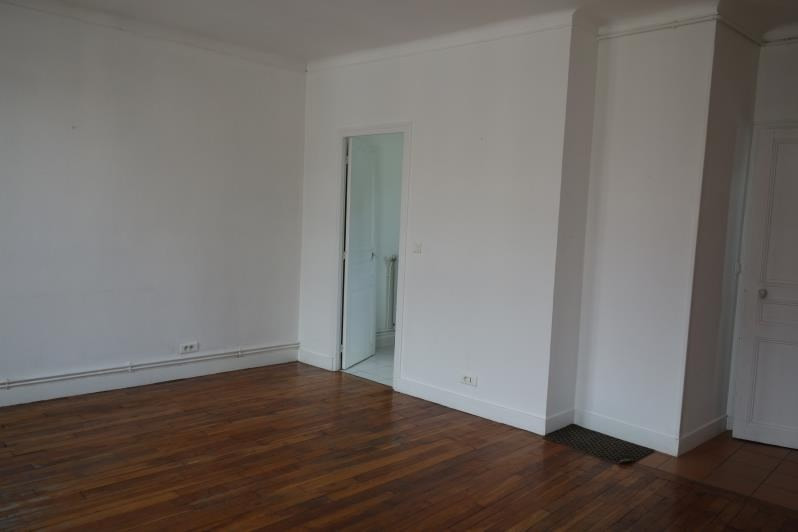 Location appartement Le chesnay 890€ CC - Photo 3
