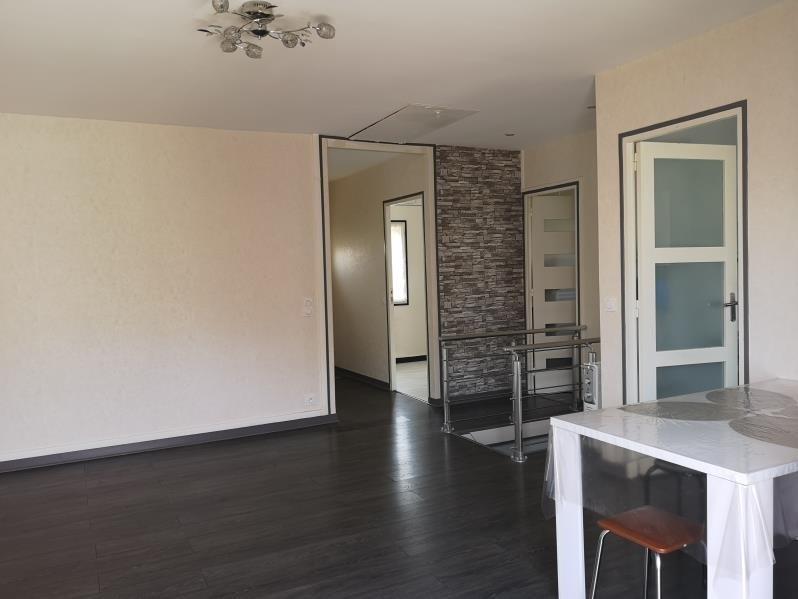Sale house / villa Osny 259900€ - Picture 2