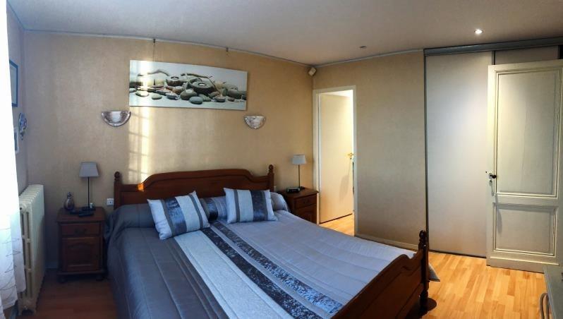 Sale house / villa Libourne 368000€ - Picture 9