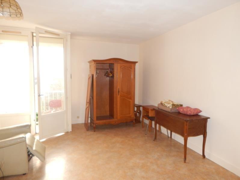 Sale apartment Vendome 38000€ - Picture 3