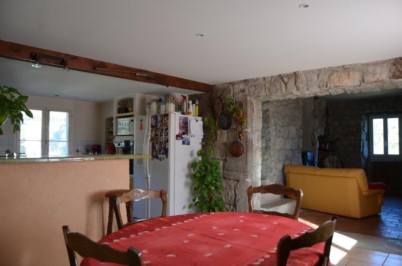 Sale house / villa Ruoms 296800€ - Picture 6