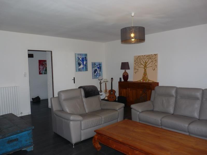Sale house / villa Laplume 315000€ - Picture 2