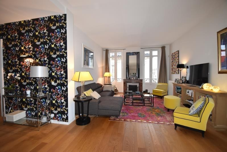 Deluxe sale apartment Bordeaux 685 000€ - Picture 1