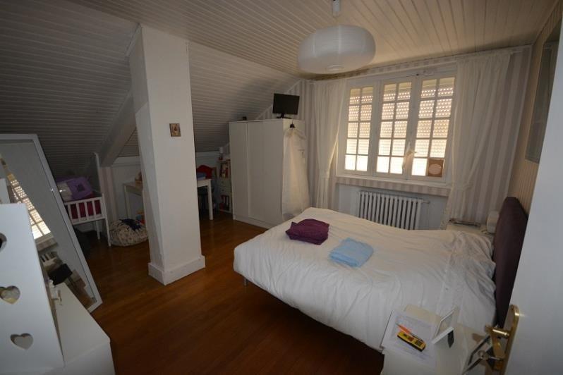 Sale house / villa St romain de jalionas 450000€ - Picture 5