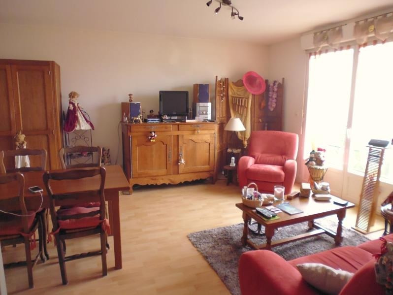 Sale apartment Buxerolles 114000€ - Picture 2