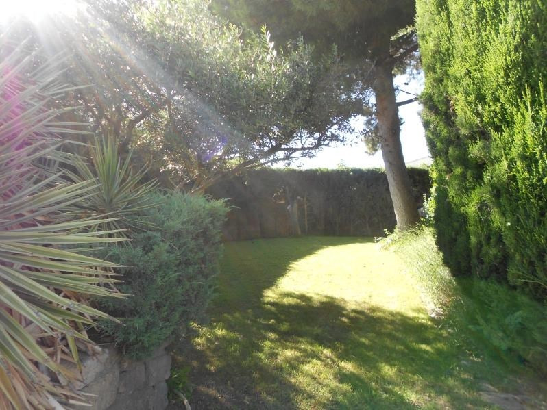 Sale house / villa Milhaud 346 500€ - Picture 9