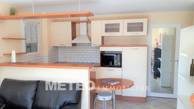 Sale apartment Les sables d'olonne 214 000€ - Picture 2