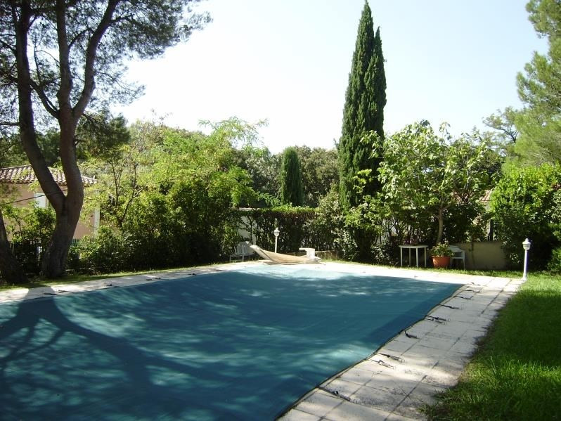 Deluxe sale house / villa Salon de provence 574000€ - Picture 2