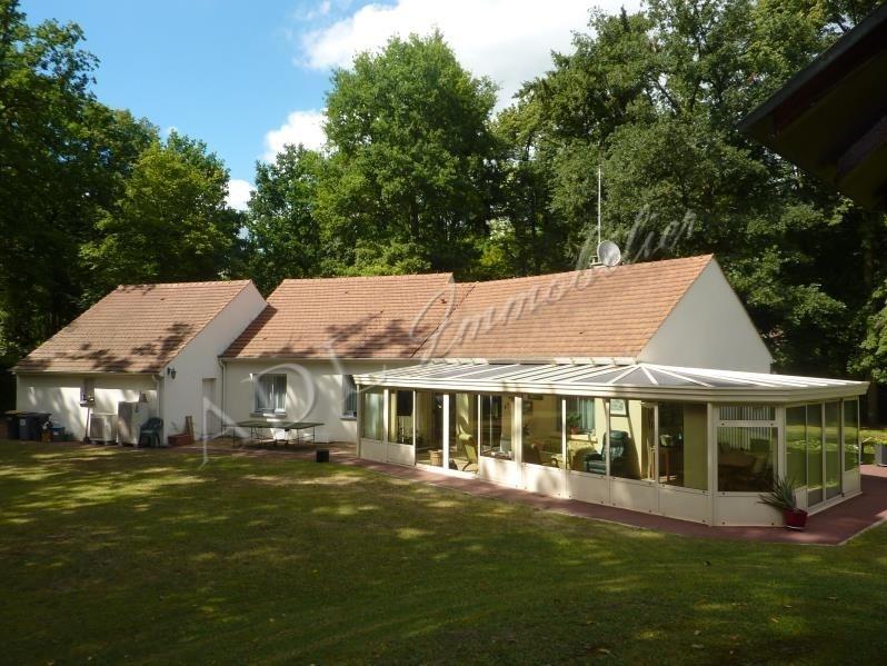 Deluxe sale house / villa Lamorlaye 613600€ - Picture 1