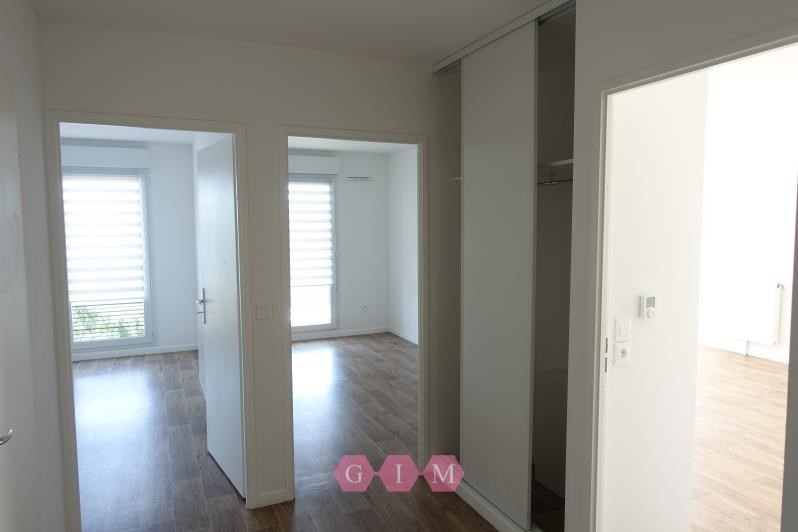 Location appartement Carrieres sous poissy 999€ CC - Photo 6