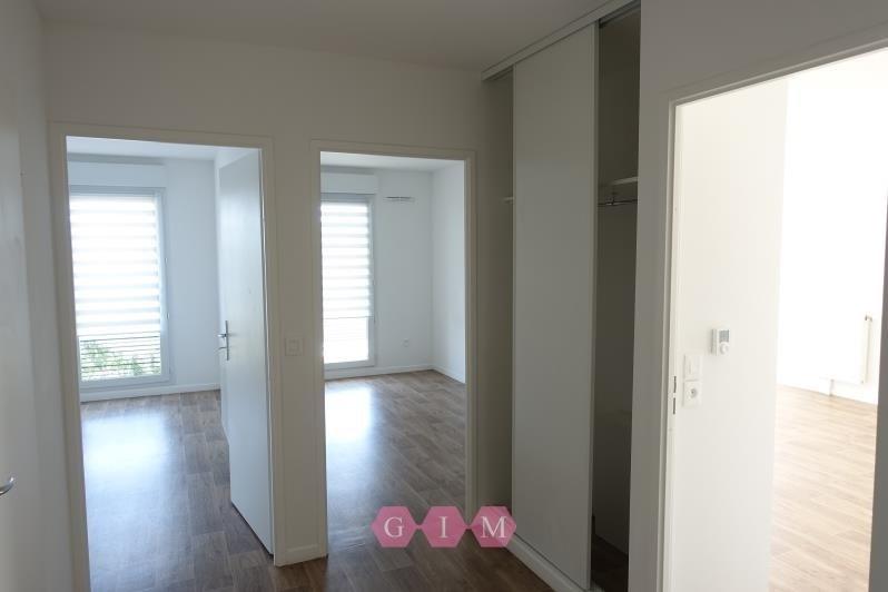 Rental apartment Carrieres sous poissy 999€ CC - Picture 6