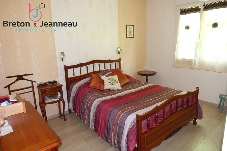 Sale house / villa Changé 234 000€ - Picture 4