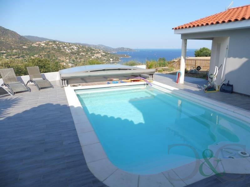 Vente de prestige maison / villa Le lavandou 1020000€ - Photo 2