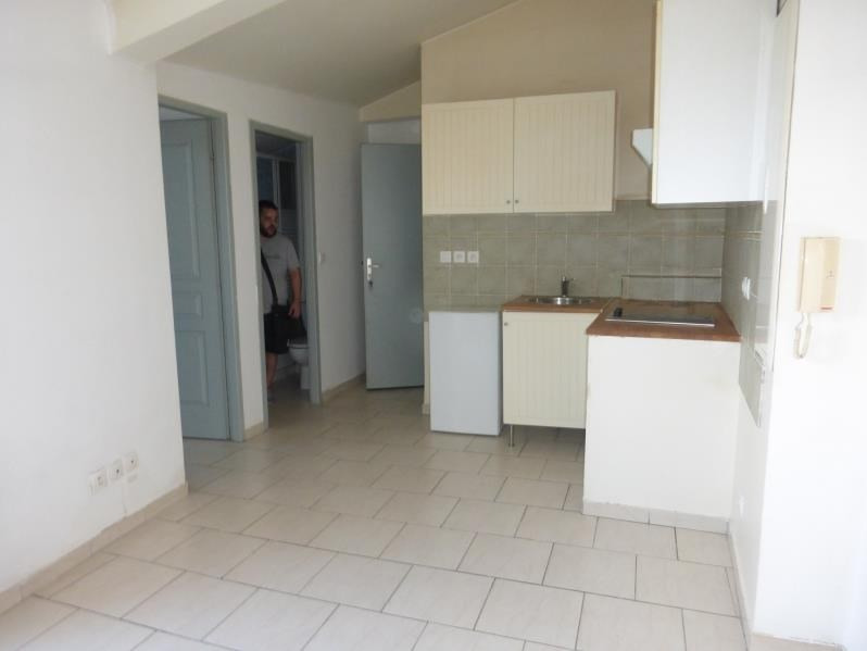 Location appartement St maximin la ste baume 460€ CC - Photo 3