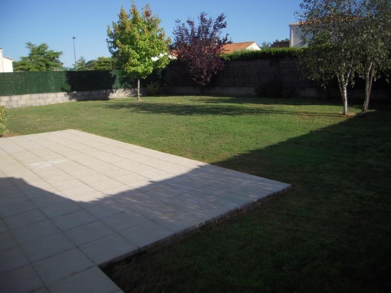 Rental house / villa Mouilleron le captif 660€ CC - Picture 6