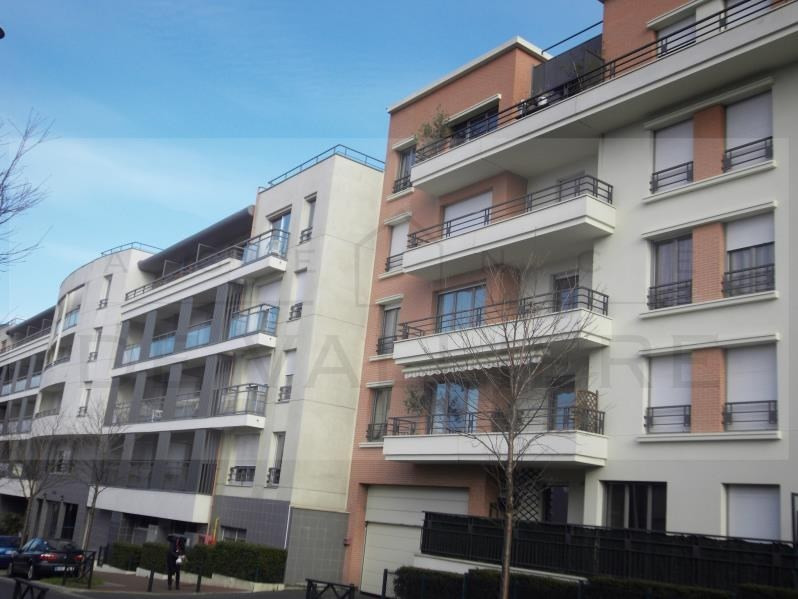 Sale apartment Nanterre 365 000€ - Picture 1