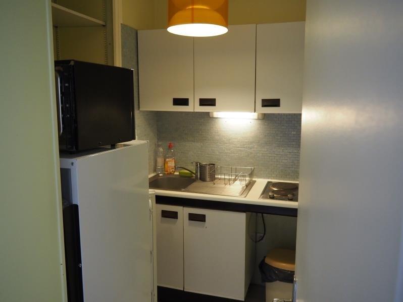 Verhuren  appartement Paris 18ème 950€ CC - Foto 7