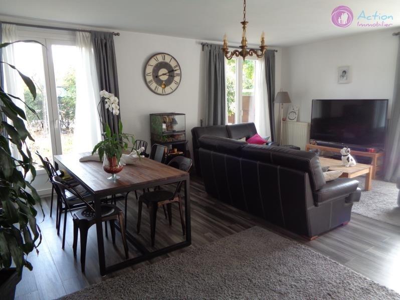 Sale house / villa Lesigny 398000€ - Picture 2