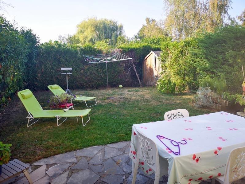 Sale house / villa Menucourt 239900€ - Picture 1