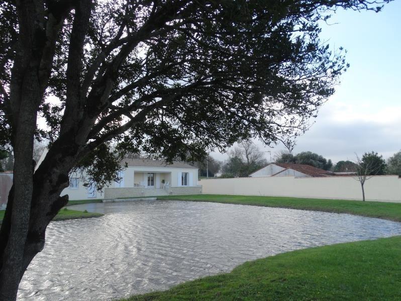 Sale house / villa Le chateau d'oleron 341500€ - Picture 5