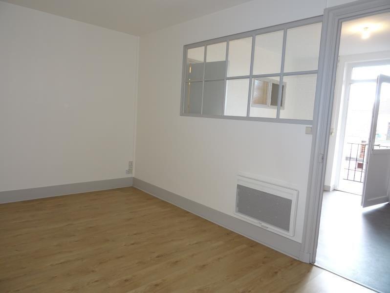 Location appartement Le coteau 358€ CC - Photo 2