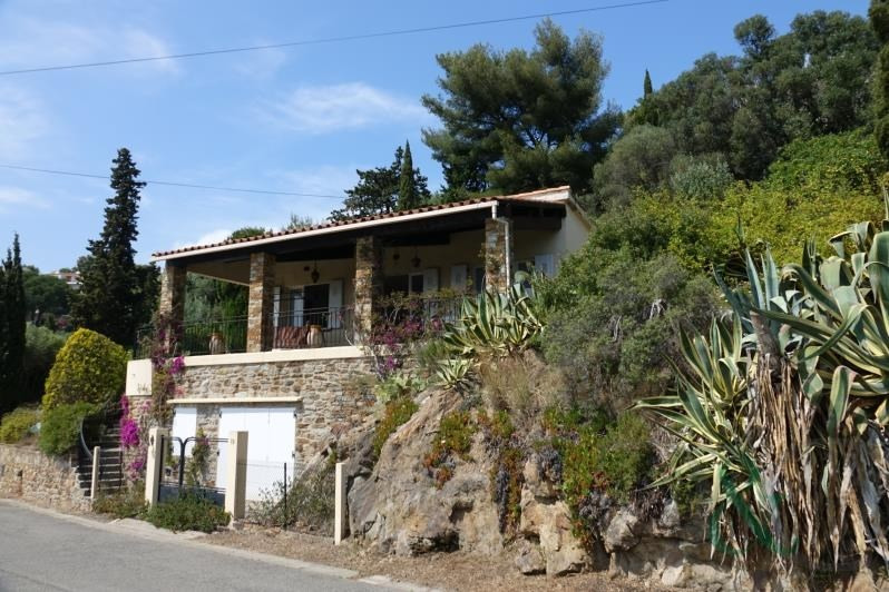 Deluxe sale house / villa Le lavandou 728000€ - Picture 2