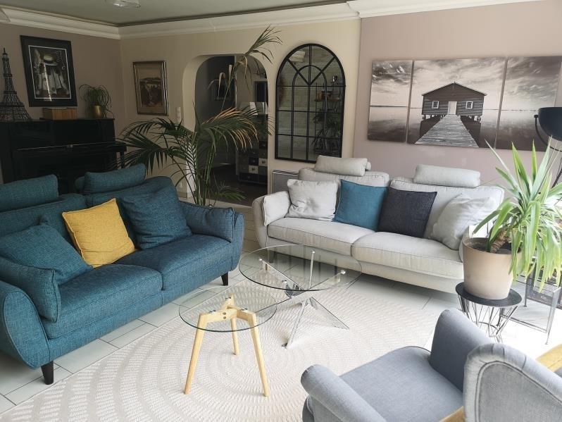 Sale house / villa Proche osny 590000€ - Picture 3