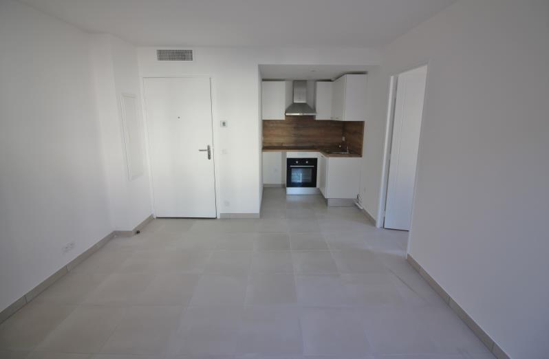 Location appartement Speracedes 640€ CC - Photo 3