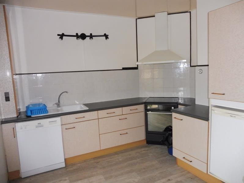 Rental apartment St just 843€ CC - Picture 6
