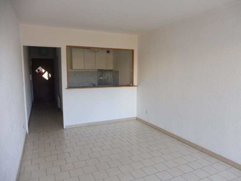 Rental apartment Lunel 433€ CC - Picture 4