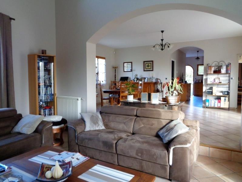 Sale house / villa Forges les bains 575000€ - Picture 2