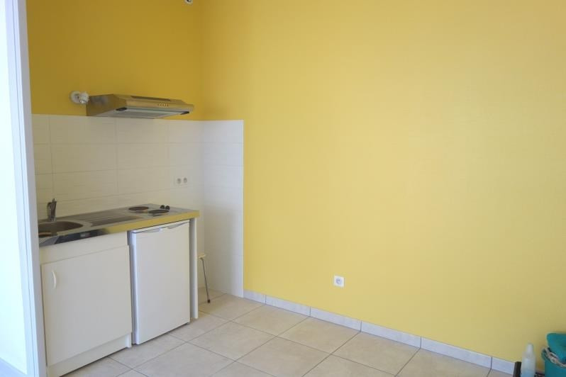 Rental apartment Roanne 380€ CC - Picture 2