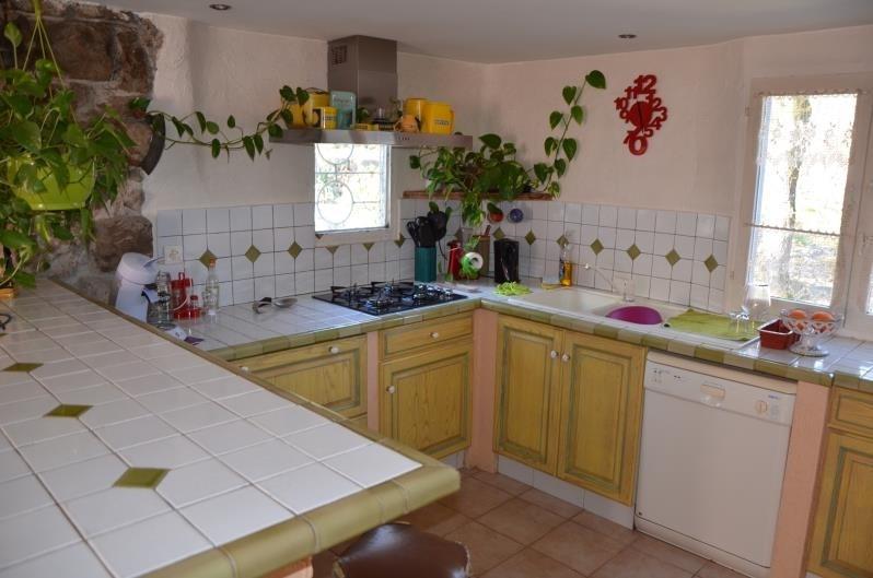 Sale house / villa Ruoms 296800€ - Picture 4