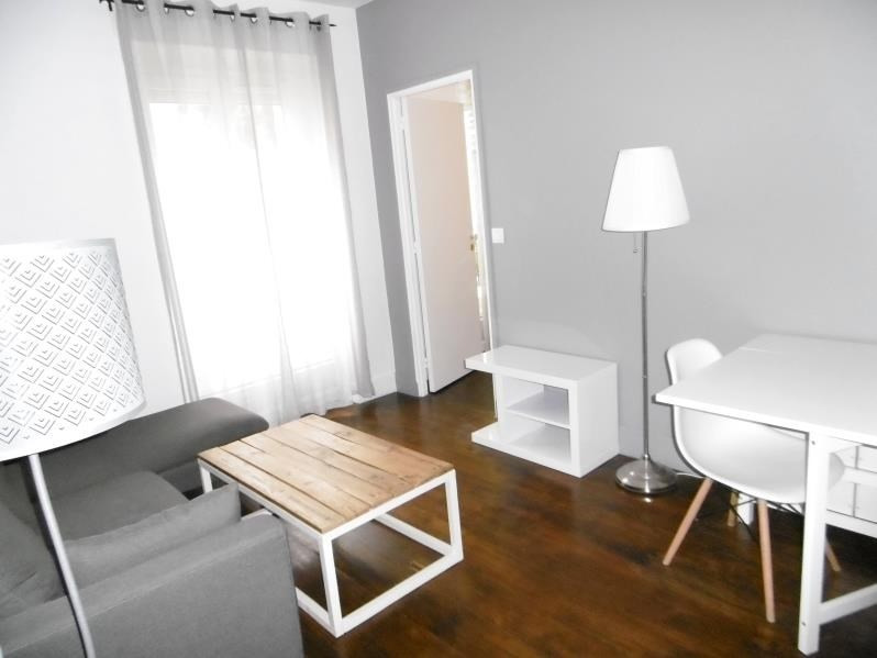 Rental apartment Levallois 1 180€ CC - Picture 1