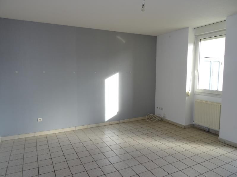 Rental apartment Roanne 382€ CC - Picture 1
