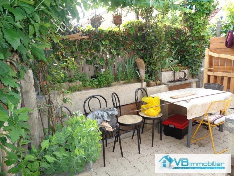 Sale house / villa Champigny sur marne 142000€ - Picture 1
