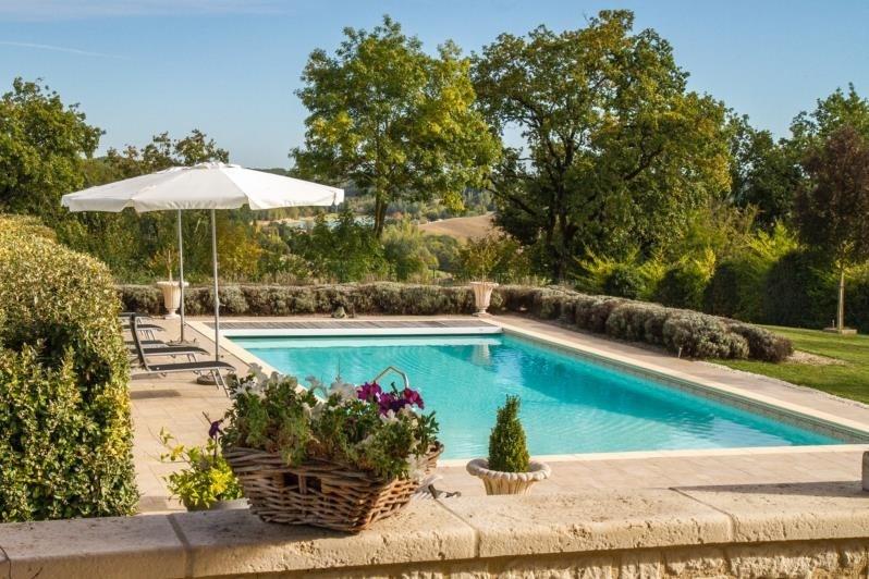 Deluxe sale house / villa Beauville 834750€ - Picture 7