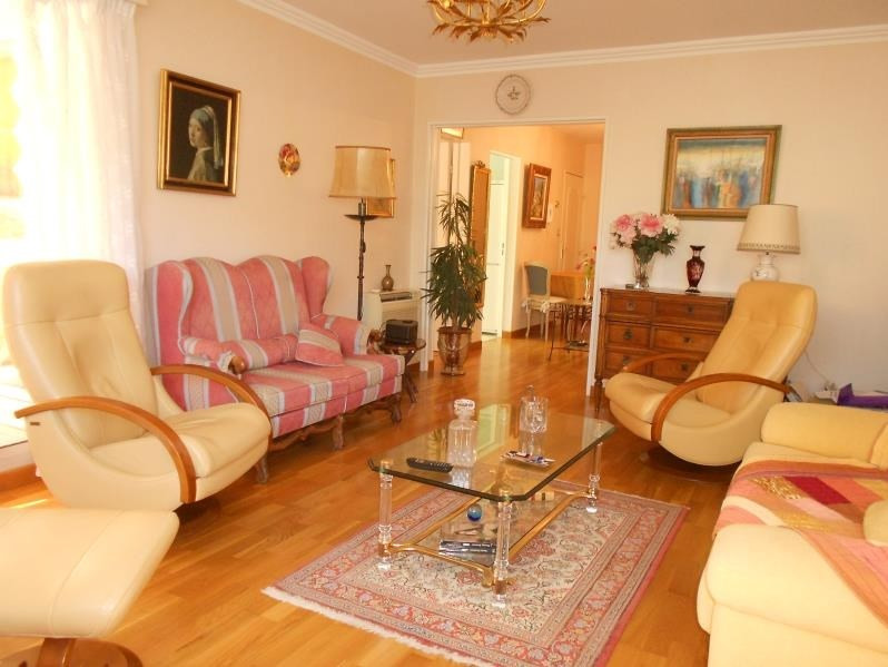 Sale apartment Nimes 189 000€ - Picture 4