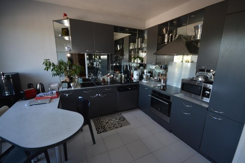 Sale house / villa St romain de jalionas 450000€ - Picture 2