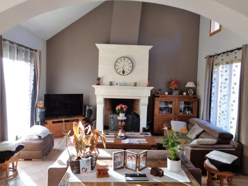 Sale house / villa Forges les bains 575000€ - Picture 3