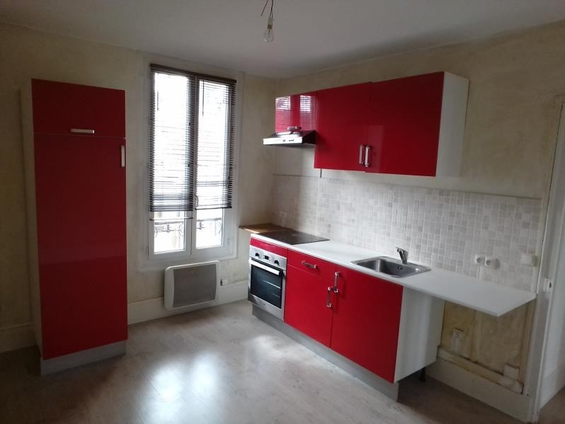 Location appartement Poissy 895€ CC - Photo 2