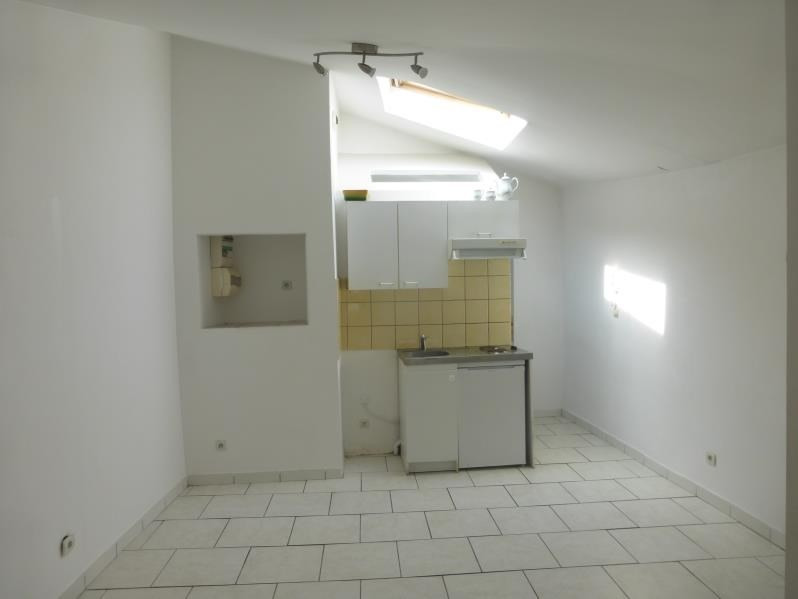 Rental apartment St maximin la ste baume 460€ CC - Picture 1