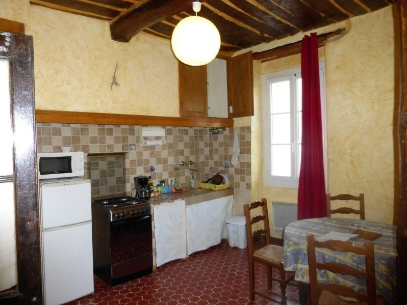 Location appartement Rougiers 485€ CC - Photo 1