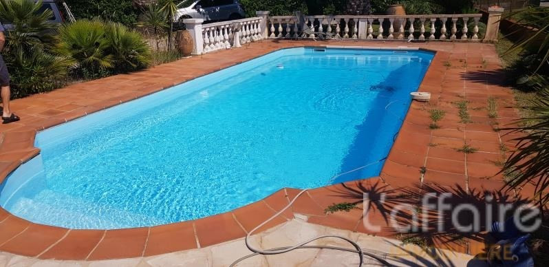 Deluxe sale house / villa Frejus 578000€ - Picture 2
