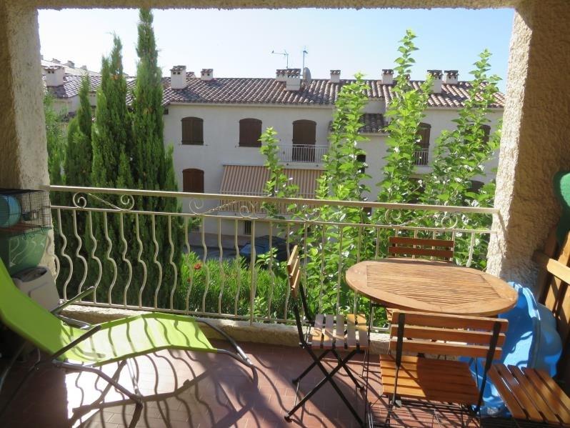 Location appartement St cyr sur mer 800€ CC - Photo 1