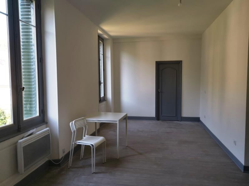 Location appartement Mazamet 450€ CC - Photo 2