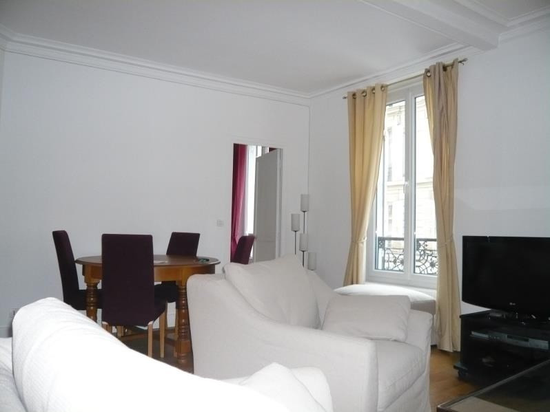 Location appartement Paris 8ème 2 225€ CC - Photo 3
