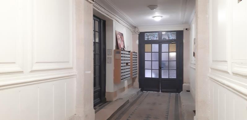Alquiler  apartamento Paris 18ème 880€ CC - Fotografía 8