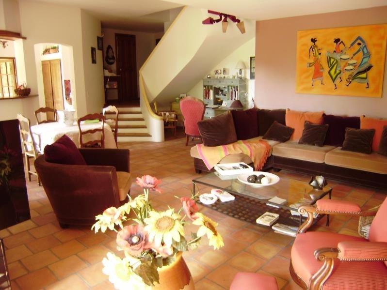 Deluxe sale house / villa Salon de provence 574000€ - Picture 5